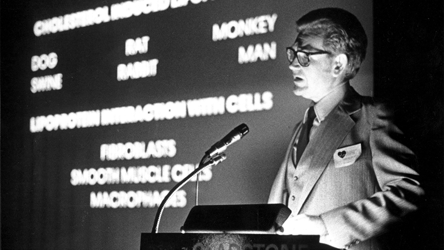 Robert Mahley speaking at a podium in 1979