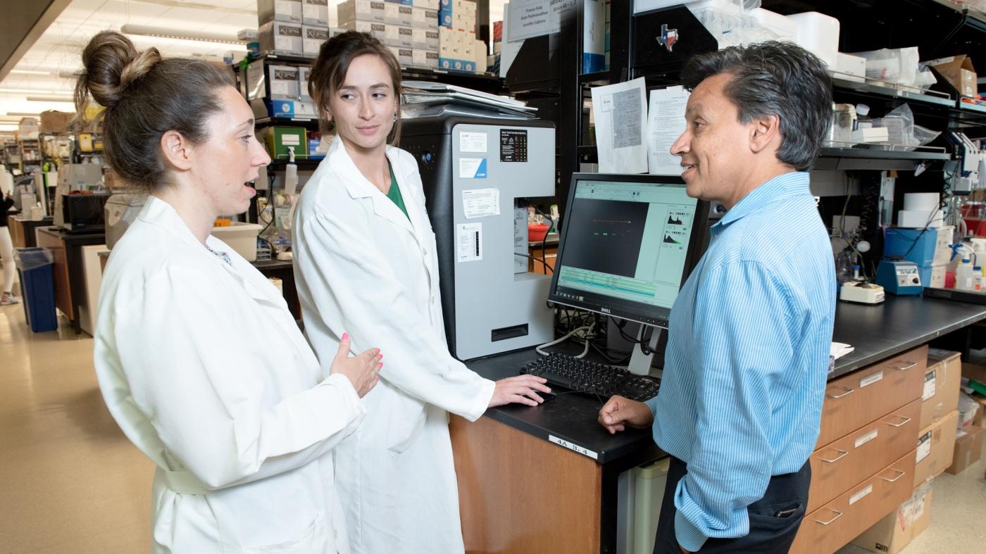 Gladstone scientists Casey Gifford, Nicole Stone, and Deepak Srivastava