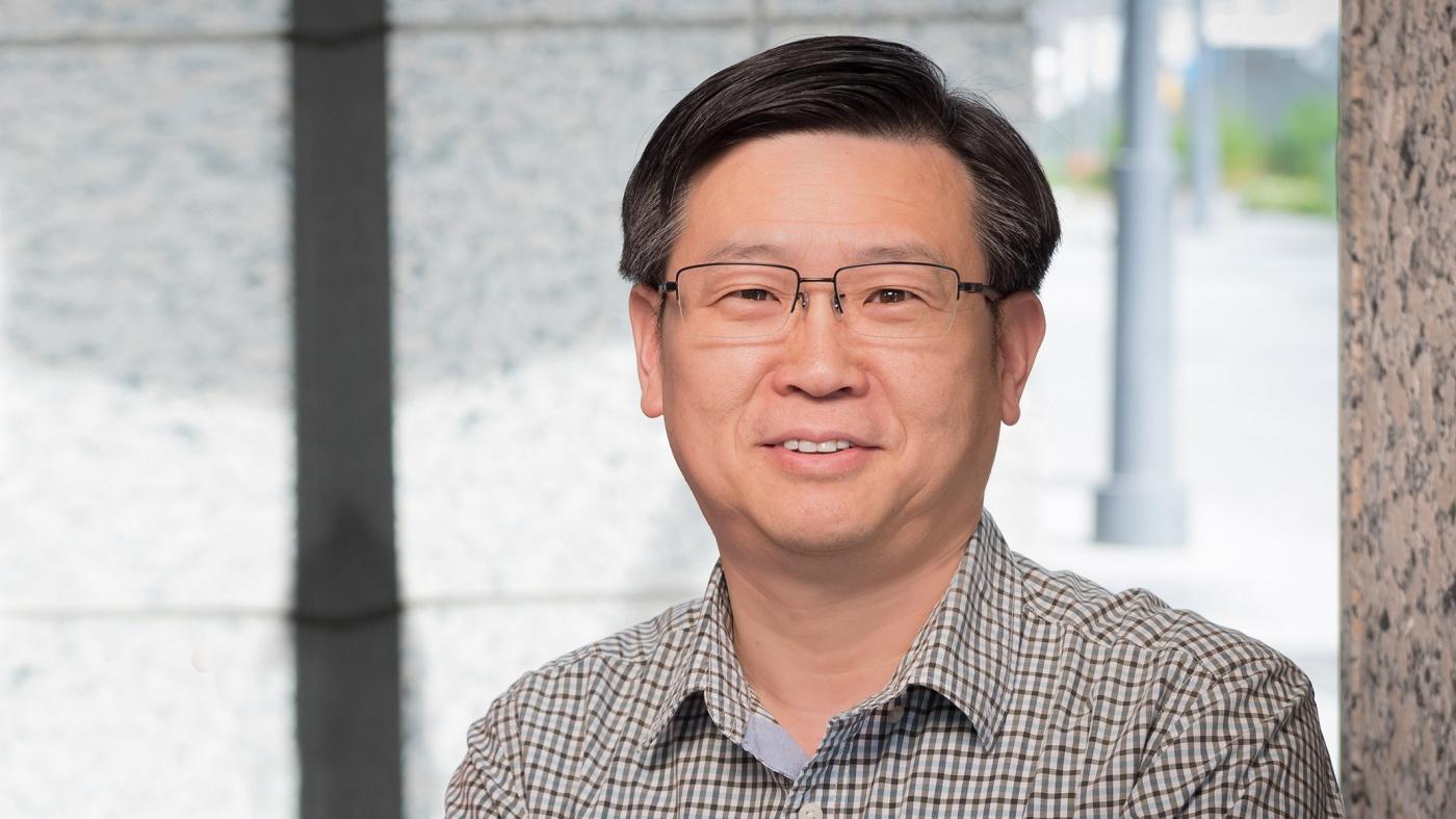 Yadong Huang, Senior Investigator at Gladstone