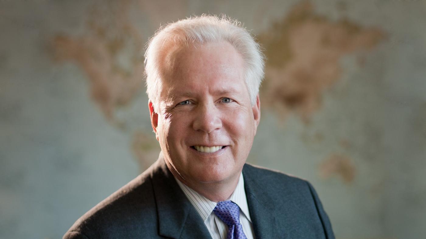 Gladstone Investigator Warner Greene